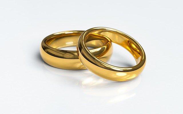 certificado de matrimonio anillos